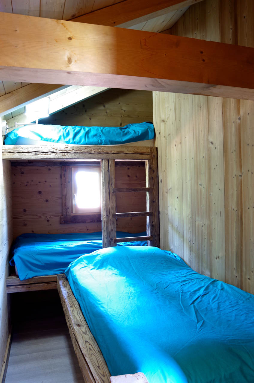dortoir sur mesure vieux bois et Lambris thermo -brossé - Contamine sur Arve - Haute Savoie (74)